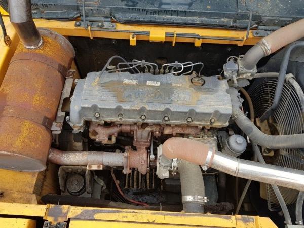 Hyundai ROBEX 300LC 2010 Yil
